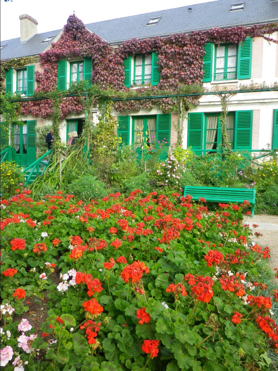 20111022 maison et jardin de claude monet giverny france europe. Black Bedroom Furniture Sets. Home Design Ideas